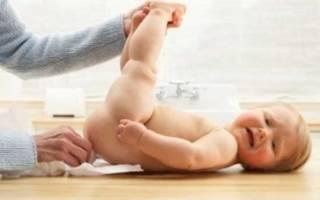 Что следует делать при запоре у 2 месячного ребенка?