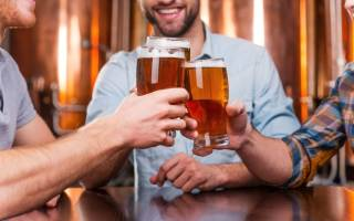 Почему возникает понос после пива и как с этим бороться?