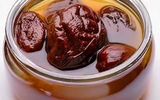 Чем полезен компот из чернослива при запорах у грудничка?